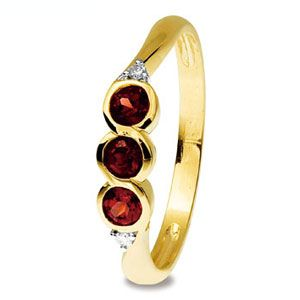 Image of Garnet and Diamond Gold Ring - Trilogy (25325/GT)
