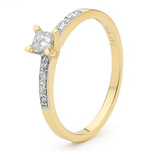 Diamond Gold Ring - Engagement Pave