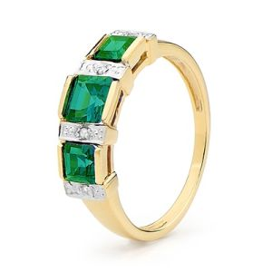 Emerald and Diamond Gold Ring - Three Stone