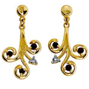 Image of Garnet and Diamond Gold Earrings (54261/GT)