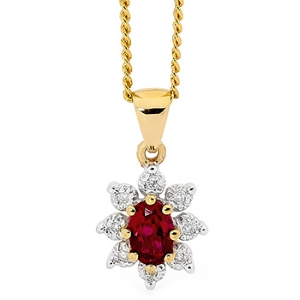 Image of Ruby and Diamond Gold Pendant - Cluster (62903/CR)