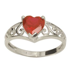 Ruby White Gold Ring - Heart